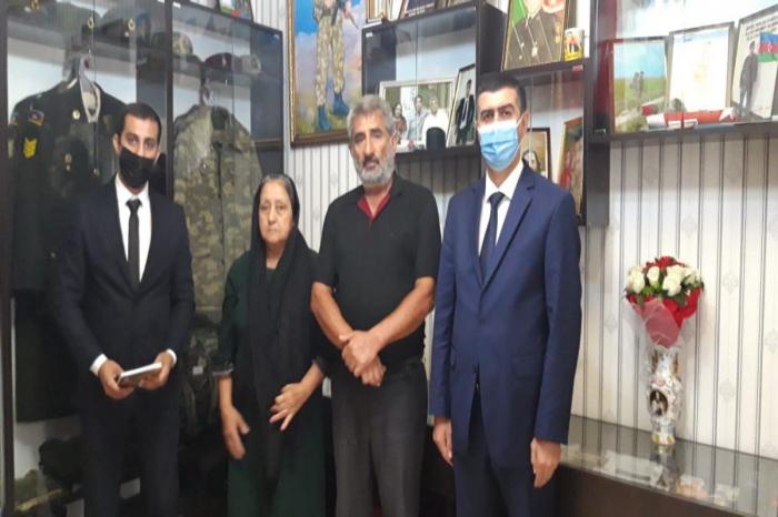 Prokurorluq işçiləri şəhid və qazi ailələrini ziyarət edib