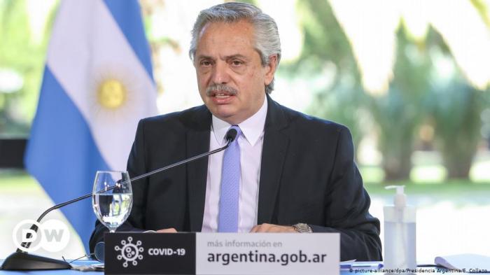 Alberto Fernández juramenta a siete nuevos funcionarios tras la crisis interna del gobierno argentino