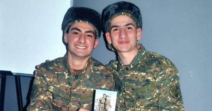 """Los medios de comunicación armenios escriben sobre la operación de Shushá  : """"El comandante dejó a sus soldados y se escapó""""."""