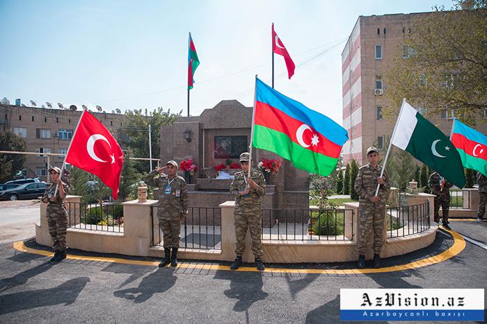 """""""Canavar"""" ləqəbli  şəhid polkovnik-leytenantın adına park və bulaq açıldı -  FOTOLAR"""