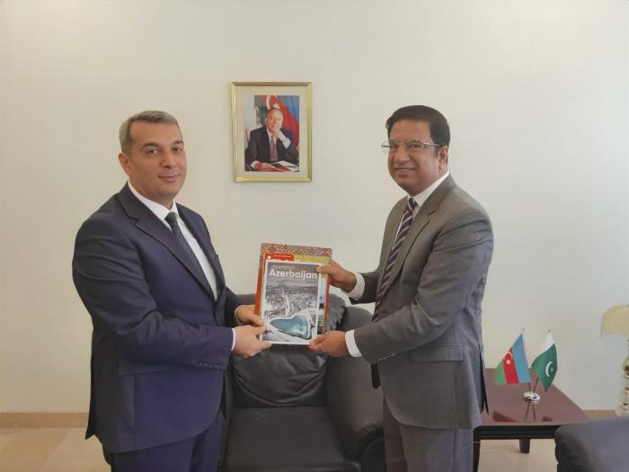Exekutivdirektor der CGSS trifft sich mit dem aserbaidschanischen Botschafter in Pakistan