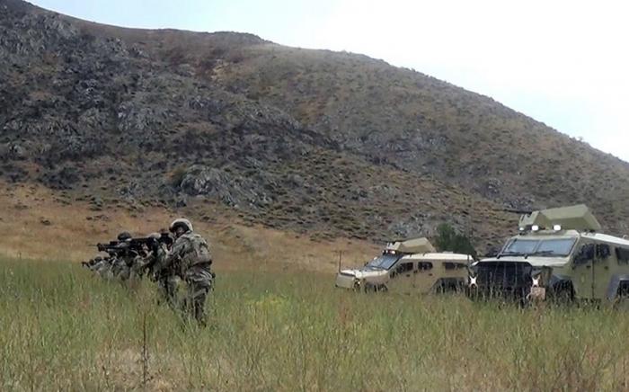 التدريبات العسكرية المشتركة في لاتشين مستمرة -  فيديو