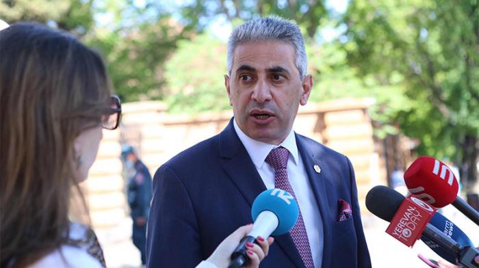 """""""Paşinyan erməni xalqını ələ salır""""-   Kazinyan"""