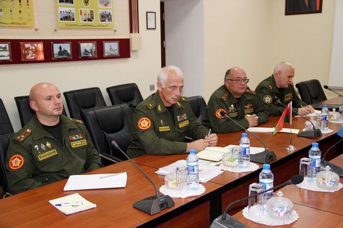 Se celebra una reunión de trabajo de los financieros militares de Azerbaiyán y Bielorrusia