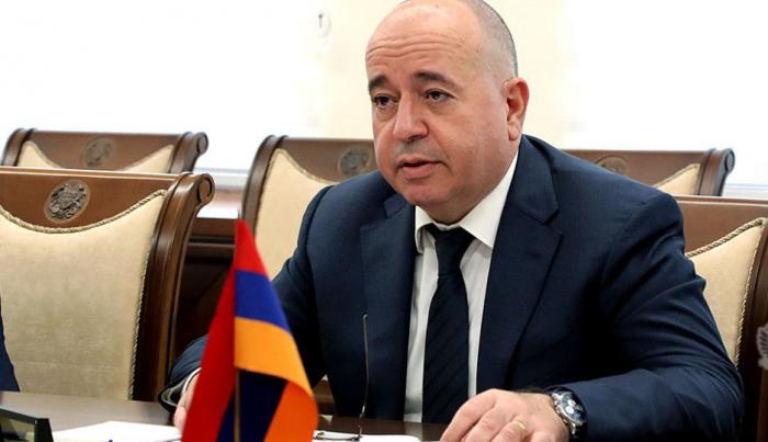 Karapetyan Rusiyaya gedib