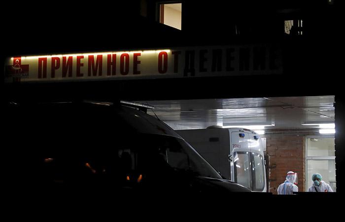 Rusiyada virusdan ölənlərin sayı 207 mini ötüb