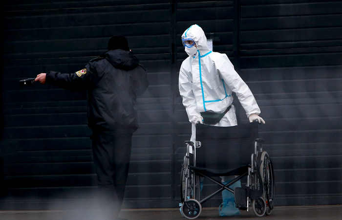 Rusiyada virusdan daha 812 nəfər öldü