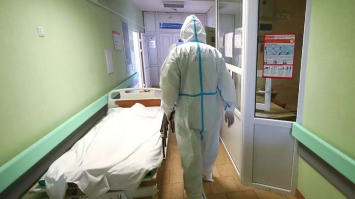Rusiyada virusdan daha 820 nəfər öldü
