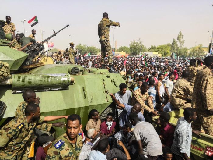 BMT Baş katibi Sudanda çevrilişə cəhdi pisləyib