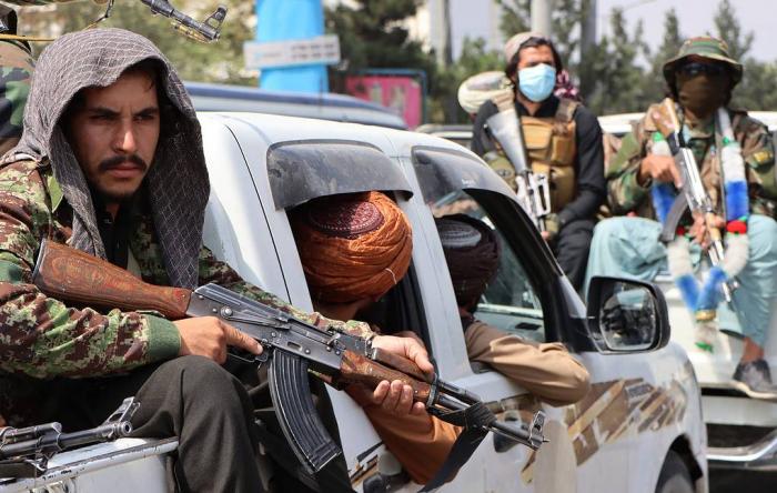 Taliban hərbi cinayət ittihamlarını rədd edir