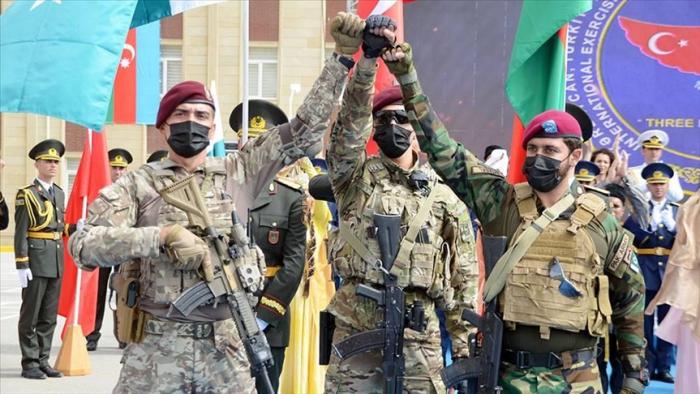 انطلاق مناورات عسكرية بين تركيا وأذربيجان وباكستان - فيديو
