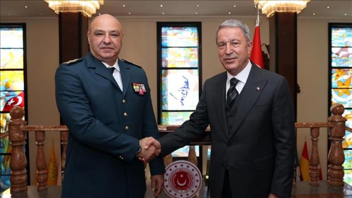 Hulusi Akar rencontre le commandant des Forces armées libanaises