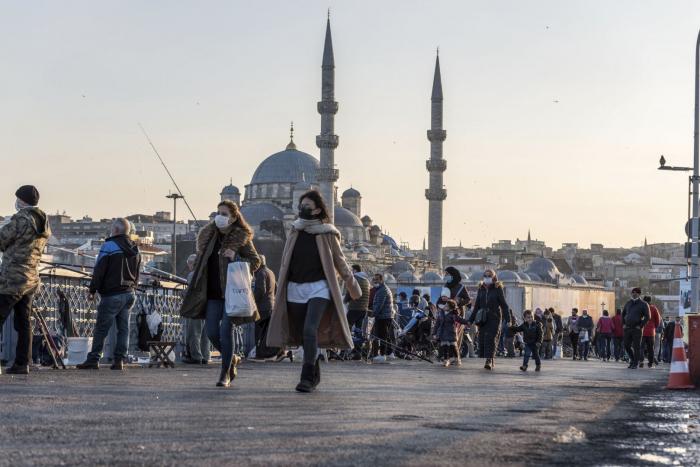 Türkiyədə koronavirusdan daha 227 nəfər ölüb
