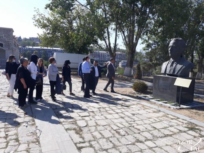 Une délégation de l'Association des Ombudsmans de l'OCI effectue une visite à Choucha