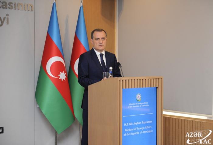 وزير الخارجية:   أذربيجان والتشيك تملكان امكانات تعاون كبيرة في اعادة اعمار الاراضي المحررة من الاحتلال الارميني