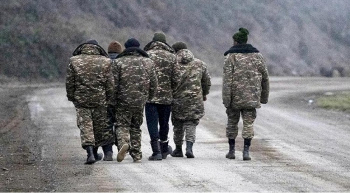 Yolu azan daha bir erməni geri qaytarıldı