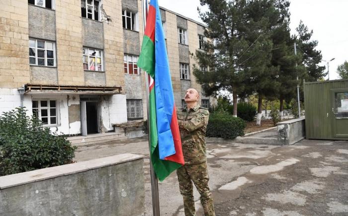 Talış kəndində Azərbaycan bayrağı ucaldılıb