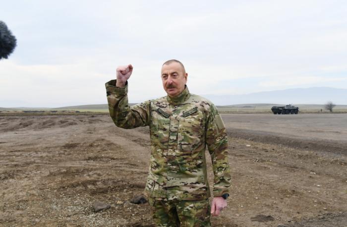 """Azərbaycan lideri:    """"Ermənistan ordusunda on mindən çox fərari olub"""""""