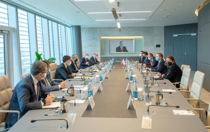 Azerbaijani Economy Minister invites Czech companies to participate in