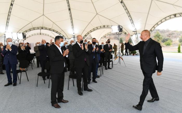 """""""Biz erməni faşizminin belini qırmışıq""""-    Prezident"""