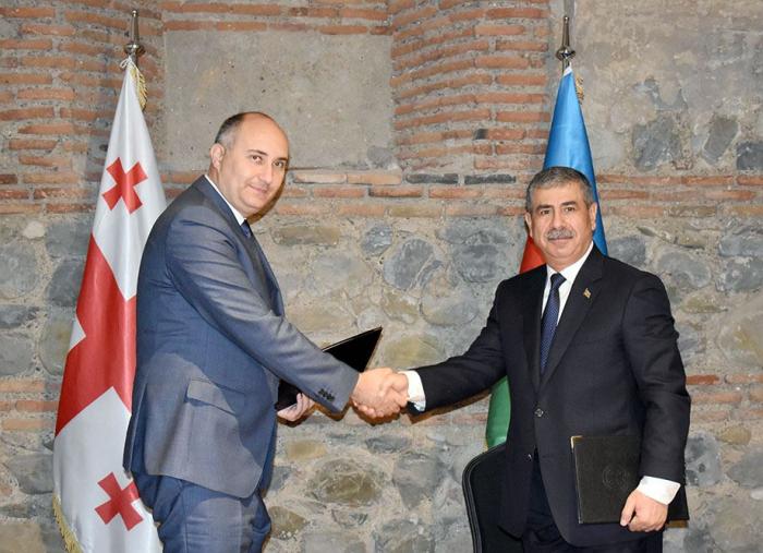 Defense ministries of Azerbaijan, Georgia ink plan of bilateral co-op