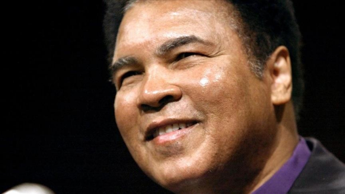 Drawings of legendary boxer Muhammad Ali sold for almost $1M