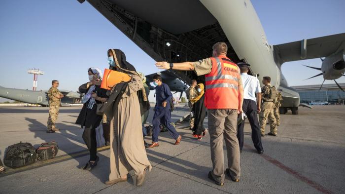 Über 15.000 afghanische Ortskräfte und Angehörigen für eine Aufnahme?