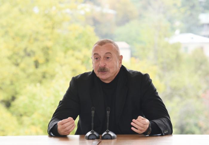 """""""Hadrutu az itkilərlə götürmək əzmində idik və buna da nail olduq""""-   Dövlət başçısı"""