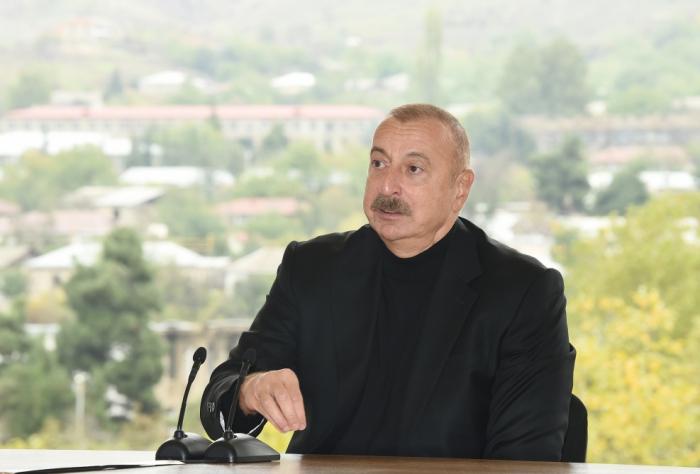 """Prezident:    """"Ermənilər Azıx mağarasına böyük ziyan vurublar"""""""