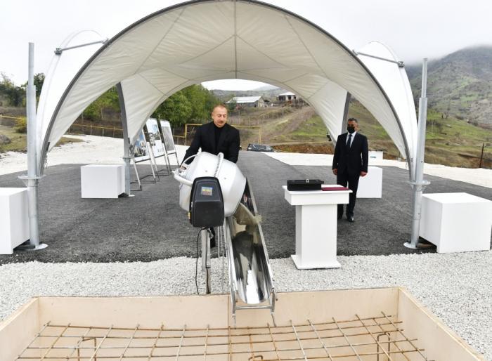 Se han colocado los cimientos de una nueva mezquita en Hadrut