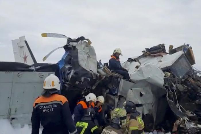 Fifteen killed after plane crash in Russia's Tatarstan region