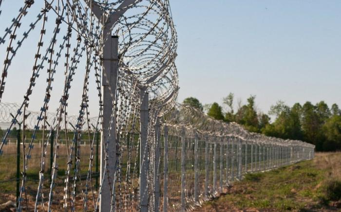 Staatsgrenzdienst:   Aserbaidschanische Grenzschutzbeamte kontrollieren die Grenze zum Iran vollständig