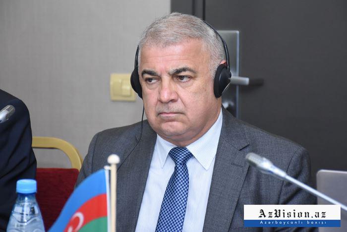 Aserbaidschan baut automatische hydrologische Stationen in Karabach
