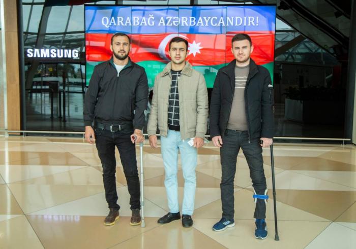 Azerbaijan sends 4 more war veterans to Turkey for treatment