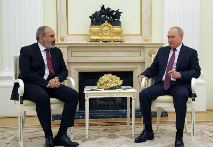 Russischer Präsident trifft sich mit Nikol Paschinjan
