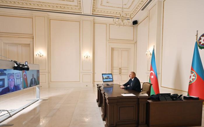 Le président azerbaïdjanais Ilham Aliyev accorde une interview au journal italien La Repubblica