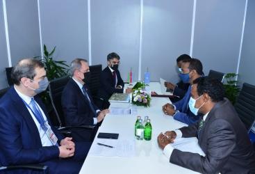 تبادل الآراء حول التعاون بين أذربيجان والصومال في إطار المنظمات الدولية