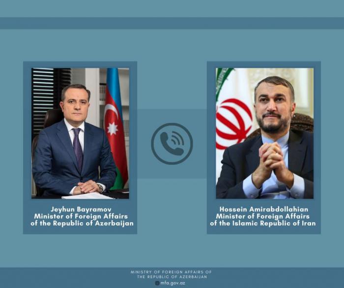 Azerbaijani FM holds phone talks with Iranian counterpart