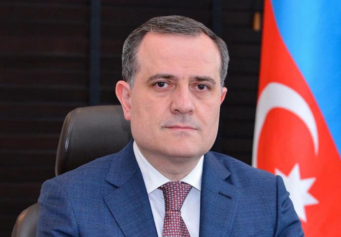 Außenminister von Aserbaidschan und Armenien treffen sich