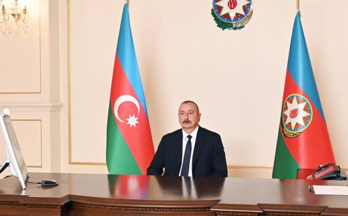 """El líder azerbaiyano  :""""Hemos descubierto nuevos yacimientos de gas"""""""