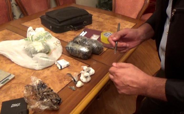 Narkotik satan daha 9 nəfər saxlanılıb -    VİDEO