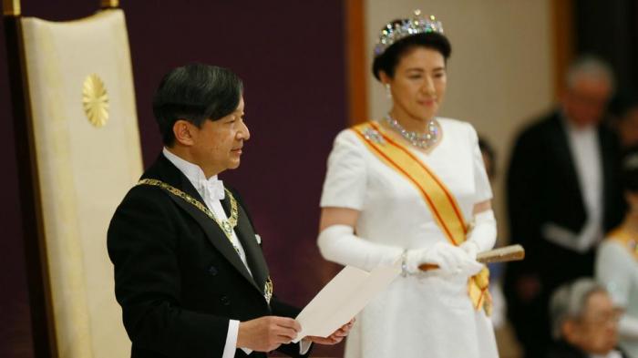 Yaponiya imperatoru yeni hökumətin tərkibini təsdiqləyib