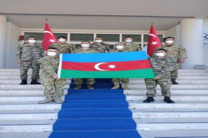 Azərbaycan hərbçiləri Türkiyədə təlim kursunda
