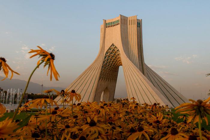 Tehran paniranizm ideologiyasını İslamdan önə çıxarır -    TƏHLİL