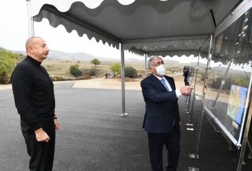 Le président Aliyev visite les chantiers des routes Hadrout-Djabraïl-Chukurbeyli,Tough-Hadrout et Fuzouli-Hadrout