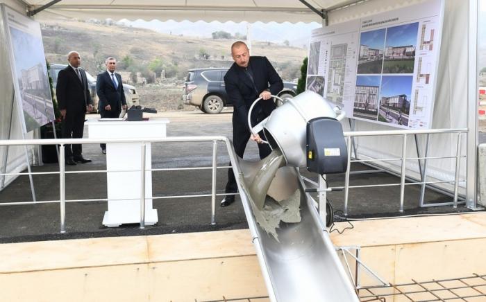 Dövlət başçısı Cəbrayılda Memorial Kompleksin təməlini qoyub