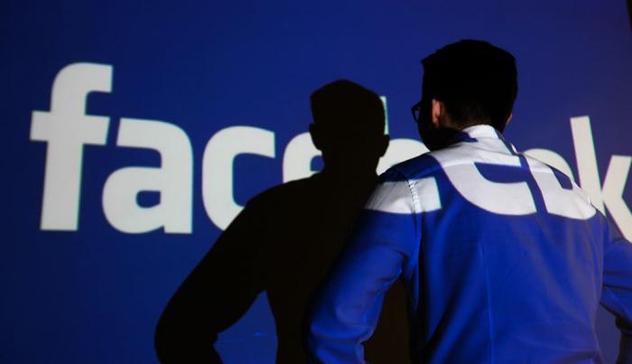 """""""Facebook"""" Rusiyanın tələbini yerinə yetirdi, cərimə təhlükəsi isə qalır"""