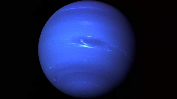 Neptuna    3,4 milyardlıq    missiya göndərilir