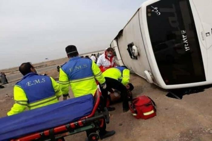 İranda avtobus aşıb, yaralılar var