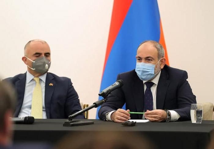 """""""Azərbaycan prezidentilə görüşməyə hazıram"""" – Paşinyan"""